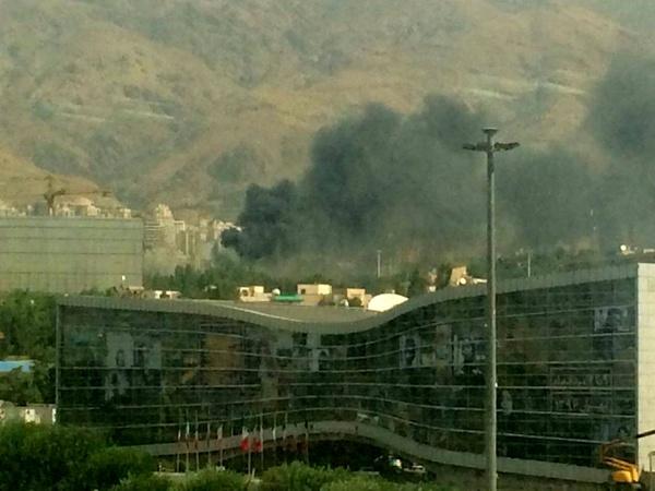 آتشسوزی در یکی از انبارهای نمایشگاه بینالمللی (+عکس)