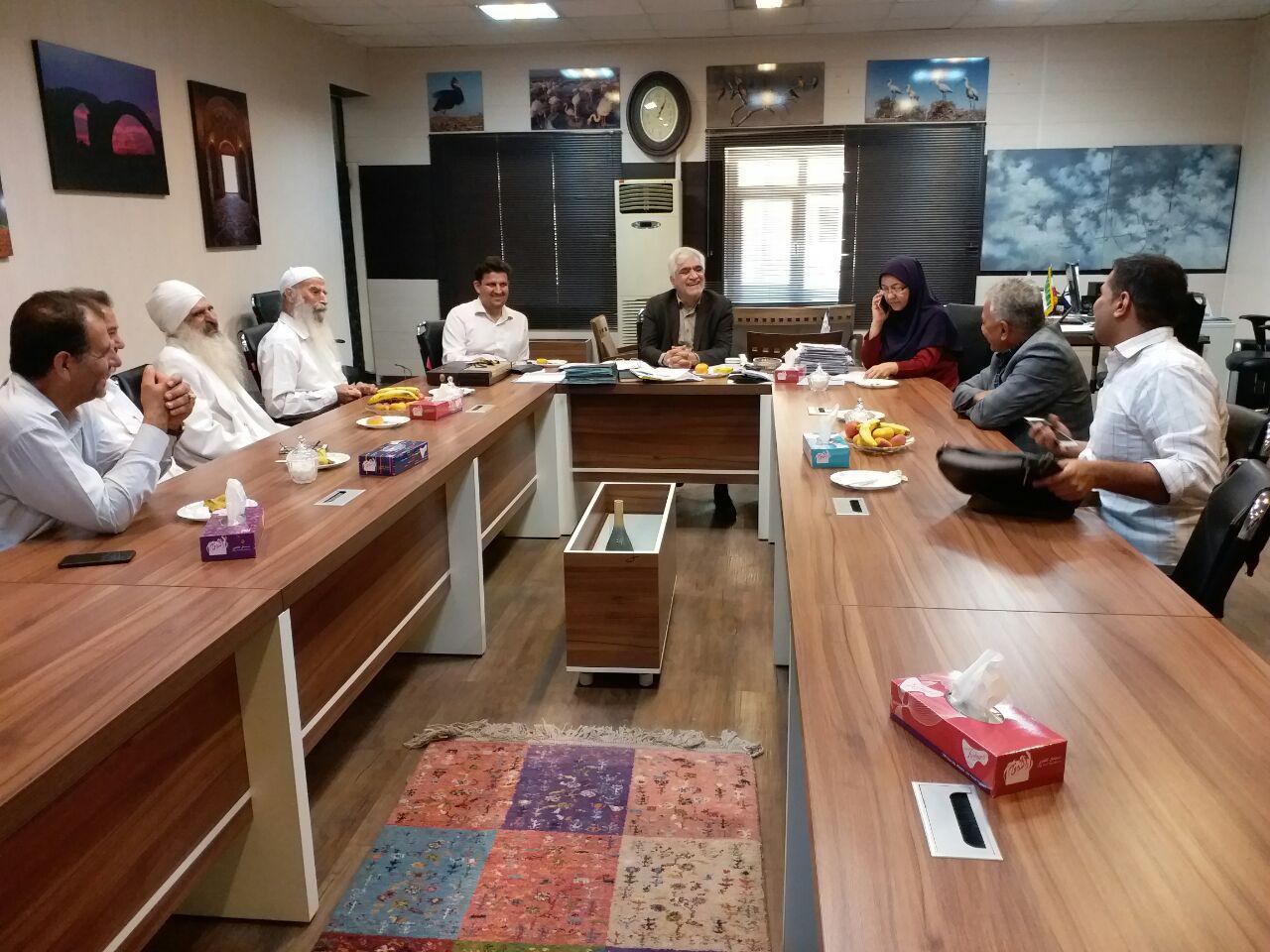 نشست مسوولان ادارهکل میراث فرهنگی با جامعه مندائیان خوزستان