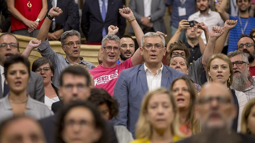 تصویب برگزاری همهپرسی در کاتالونیای اسپانیا