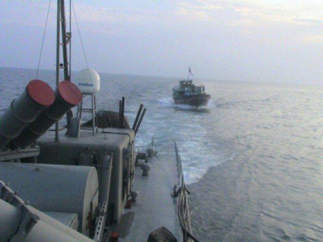 هشدار نیروی دریایی ارتش به ناو آمریکایی
