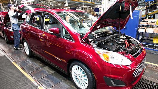 شکایت 5 ایالت آمریکا بر ضد دولت ترامپ به دلیل ساستهای خودرویی