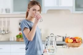 شرایط بدن وقتی تنها آب بنوشید