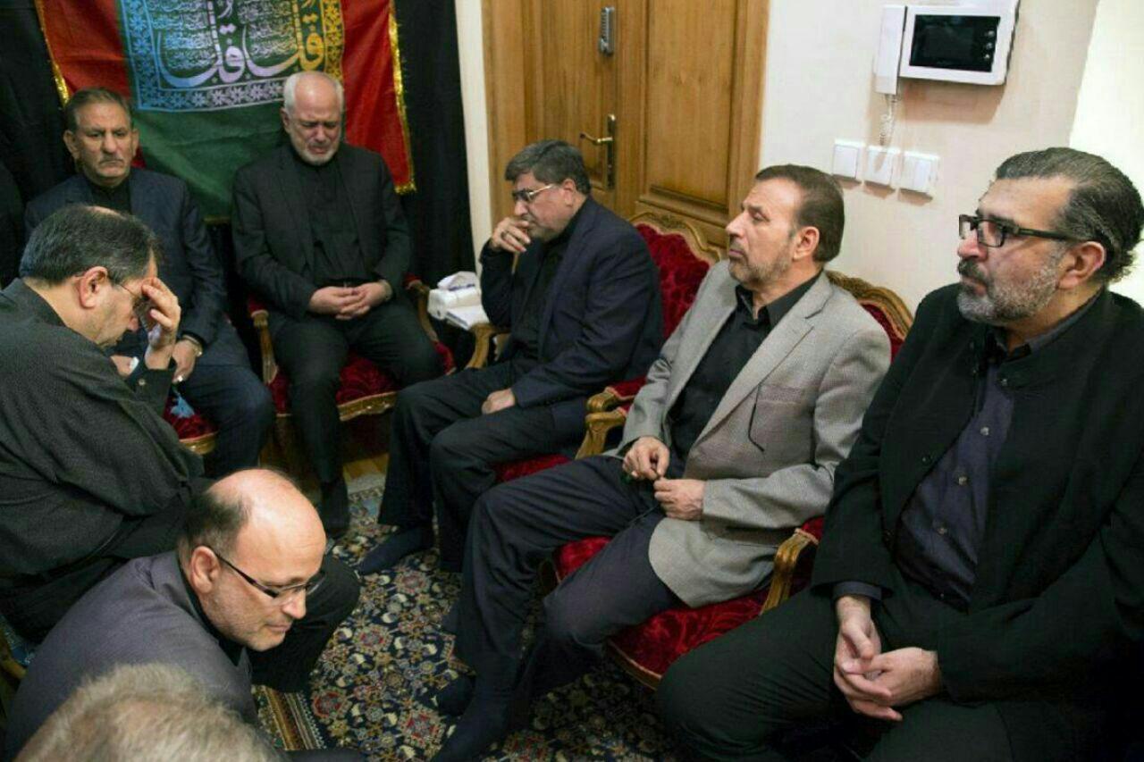 ظریف در مراسم عزاداری منزل صادق خرازی (عکس)