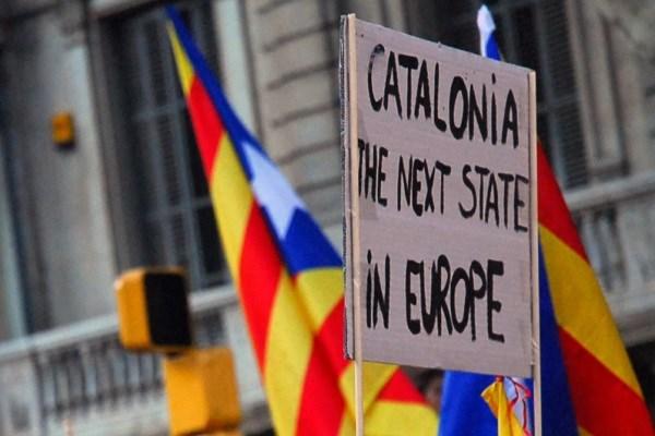 کاتالونیایی ها و نغمه جدایی/ شورش خُرده ناسیونالیسم