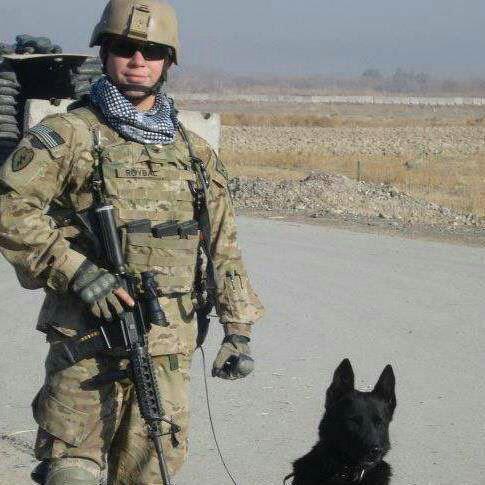سربازی که از جنگ افغانستان جان سالم به در برده بود در آمریکا کشته شد( (عکس)