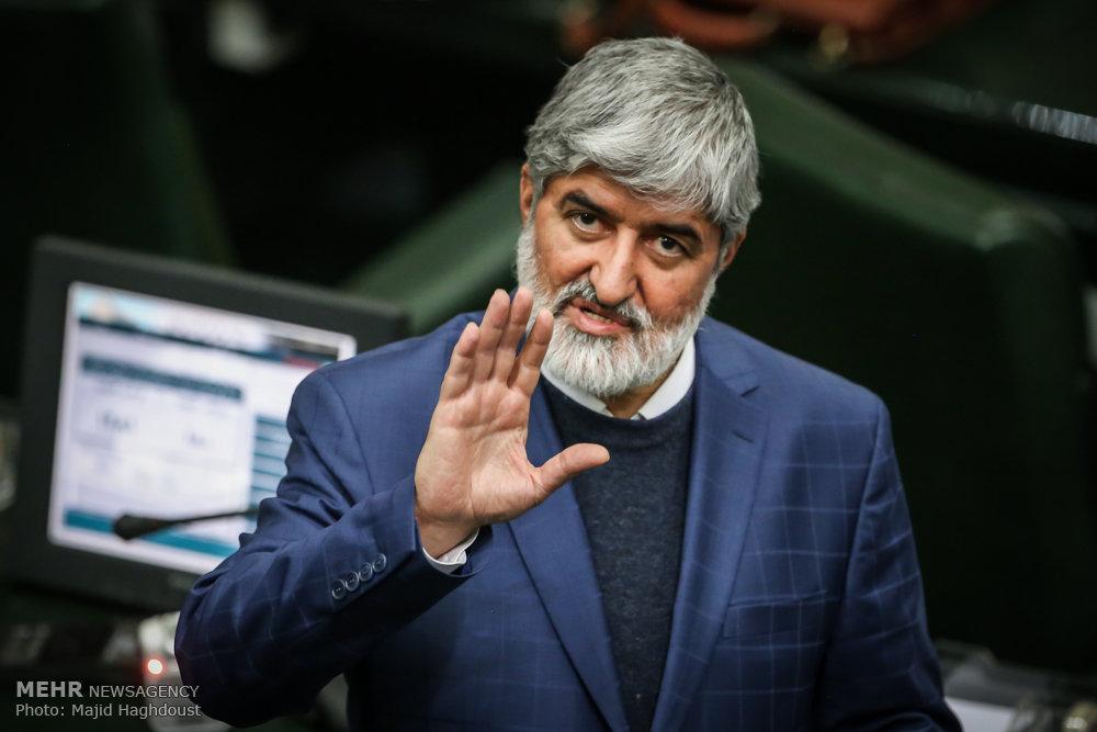 مطهری: حکم توقف فعالیت عضو زرتشتی شورایشهر یزد خلاف قانون است/ مجلس پیگیری میکند