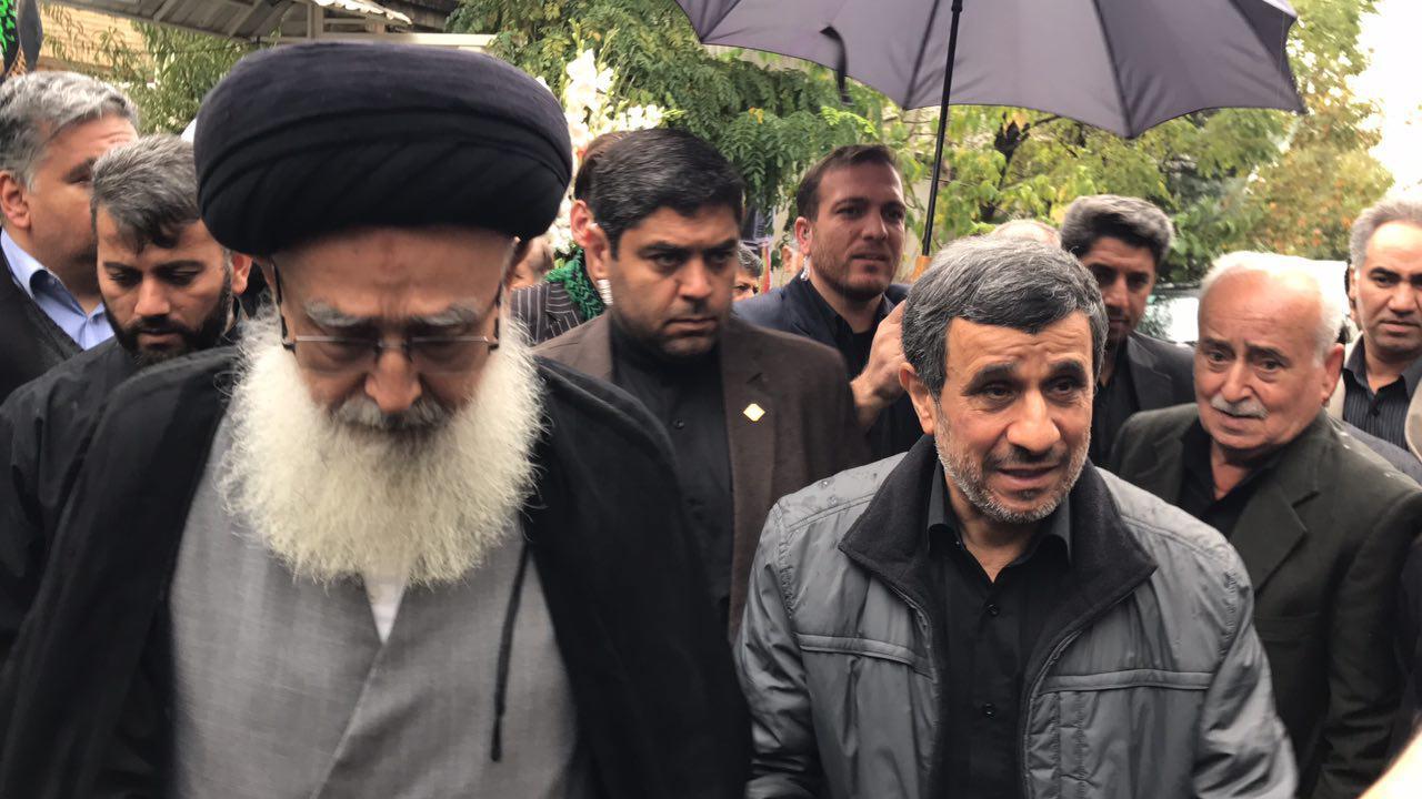 احمدینژاد در مراسم تشییع پیکر برادرش (عکس)