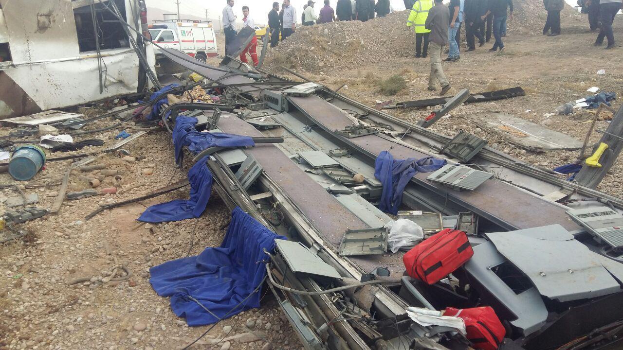 واژگونی اتوبوس در سمنان/ فوت 6 نفر