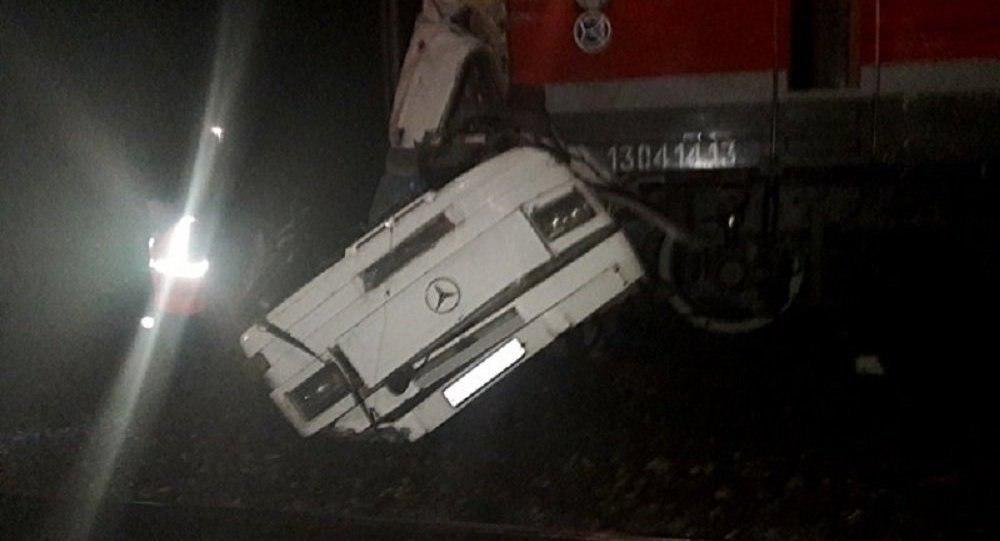 18 کشته در برخورد قطار با اتوبوس در روسیه