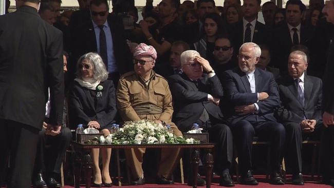 حساسیت رسانه های ترکیه به حضور ظریف در مراسم تدفین طالبانی/ رفتار متفاوت تهران و آنکارا در قبال مراسم تشییع طالبانی