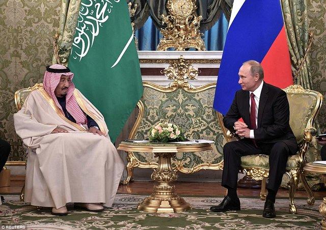 ریخت و پاش ملک سلمان در سفر به مسکو/ از پله برقی طلایی پادشاه تا 1500 همراه (+تصاویر)
