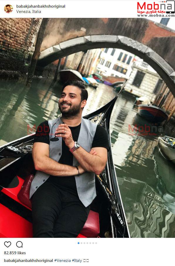 خواننده معروف در ونیز (عکس)