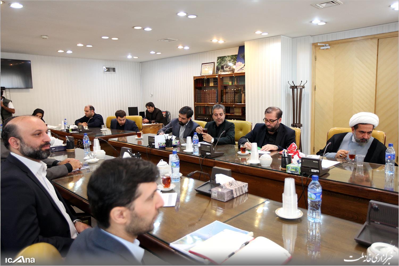 نشست نمایندگان مجلس با مسئولان صداوسیما/ رسانه ملی نباید تفکر و سلیقه خاصی را اعمال کند
