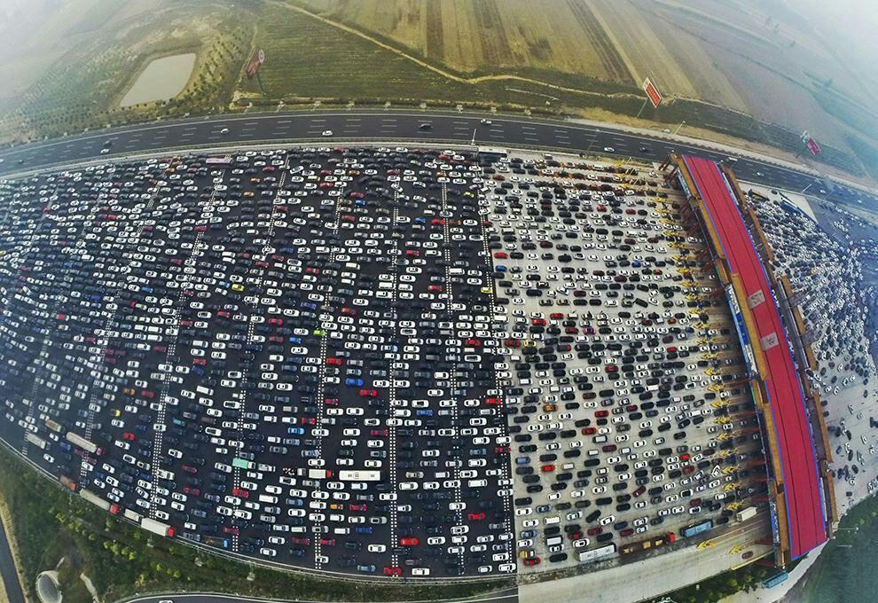 اتوبانی با 50 لاین در چین (عکس)