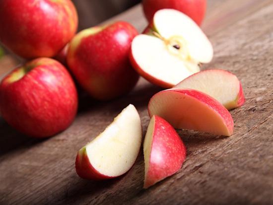 روش های تازه نگه داشتن سیب
