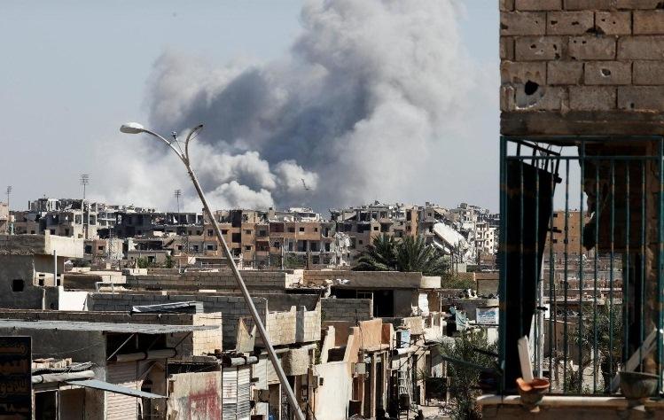 پایتخت داعش در آستانه آزادسازی کامل از داعش / داعشی ها به همراه خانواده از شهر خارج شدند