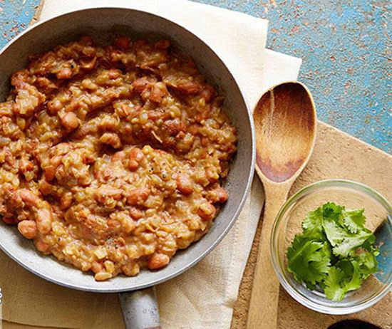 طرز تهیه پوره لوبیا؛ خوراک لوبیای مکزیکی