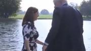 قایق سواری وزیر خارجه بریتانیا (فیلم)