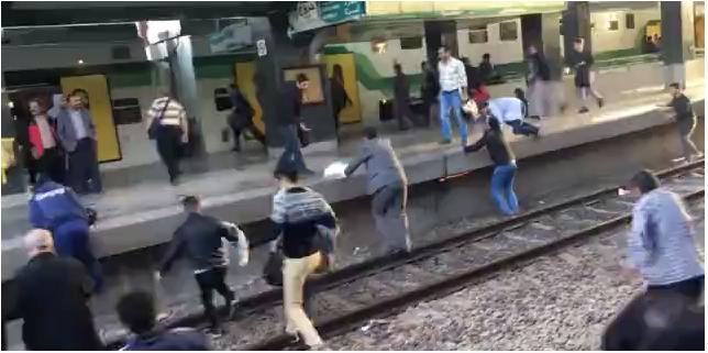 خروج متروی سریعالسیر کرج-تهران از ریل/ اورژانس: این حادثه هیچ مصدومی نداشت