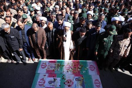 پیکر مطهر 2 شهید مدافع حرم در اراک تشییع شد