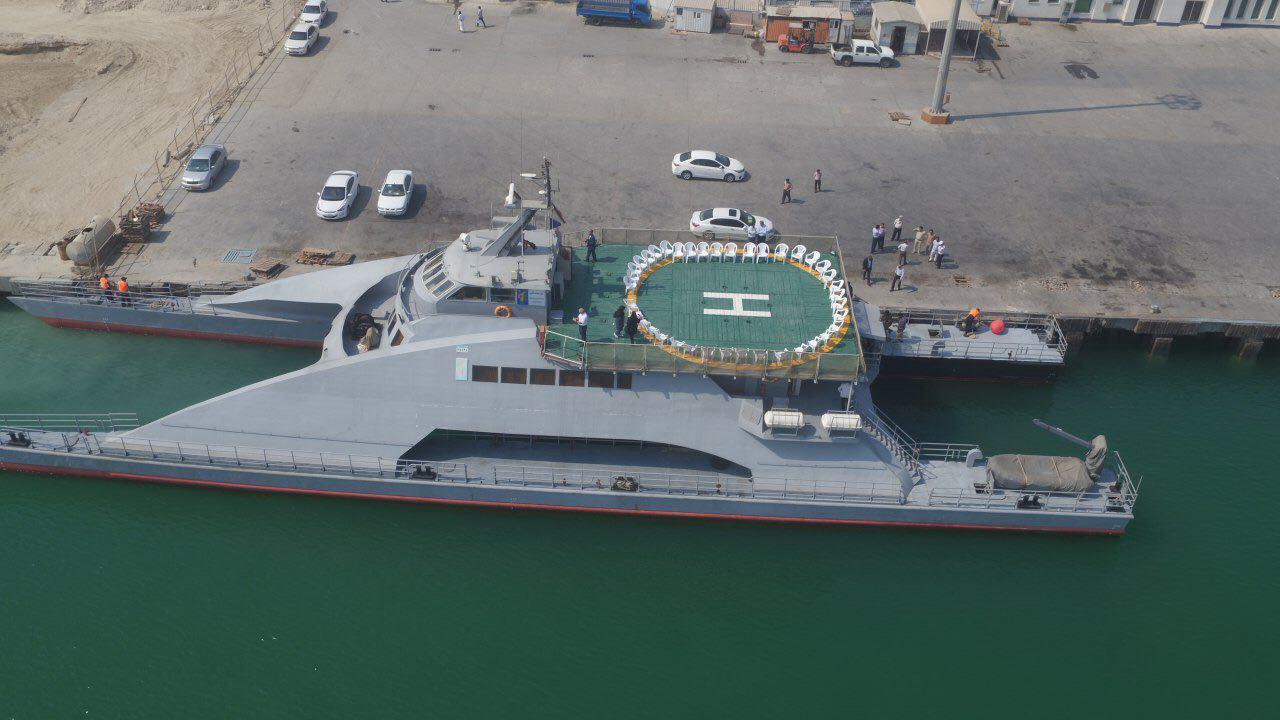 رونمایی از کشتی پیشرفته آرام درجزیره قشم (+عکس)
