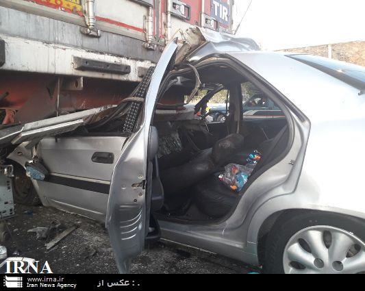 تصادف در آزادراه پل زال- خرم آباد با 2 کشته و 4 زخمی (+عکس)