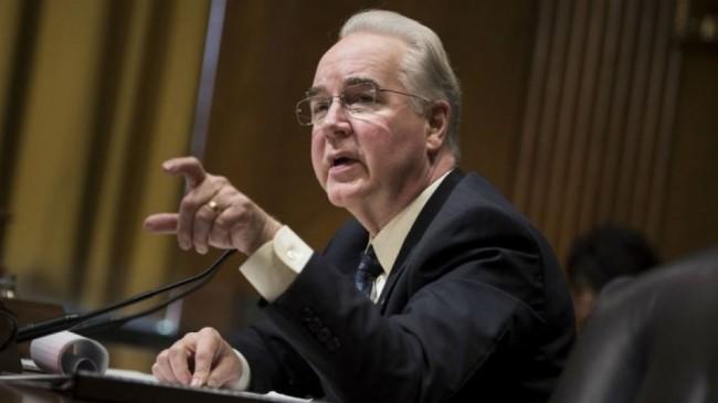استعفایی وزیر بهداشت آمریکا به دلیل ولخرجی / 26 پرواز با هواپیمای