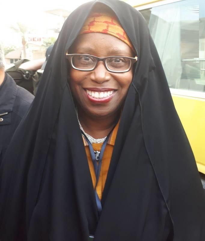 نماینده زن کنگره آمریکا در پیادهروی اربعین (+عکس)
