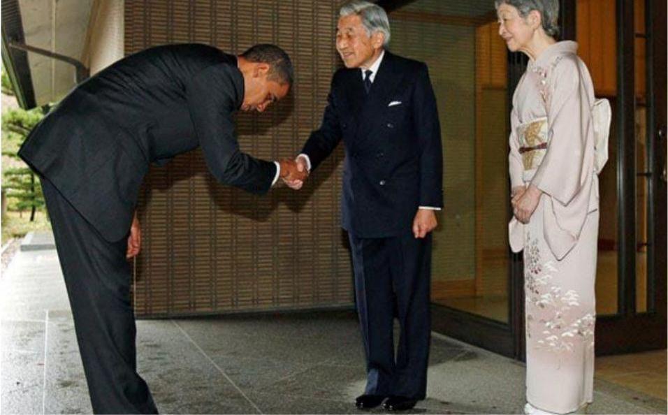 ترامپ به امپراتوری ژاپن تعظیم نکرد (+عکس)