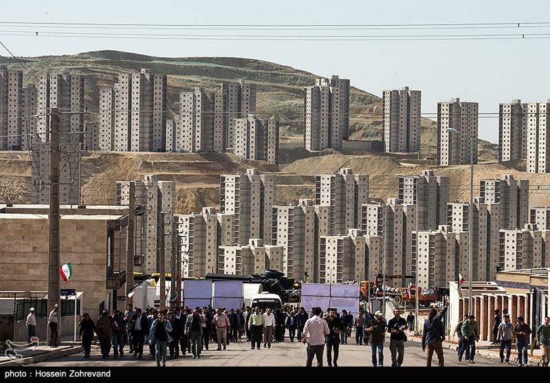صنعتی سازی منجر به کاهش قیمت ساختمان می شود/انبوه ساز و سازنده مسکن موظف شود به ساختمان گارانتی بدهد