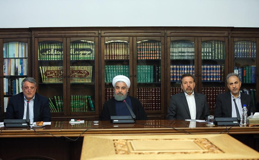روحانی: در مورد «هموطن زرتشتی» بر مبنای حقوق شهروندی عمل شود/ در انجام وظایف قانونی و عمل به وعدهها، عقب نشینی و تردید نخواهم کرد