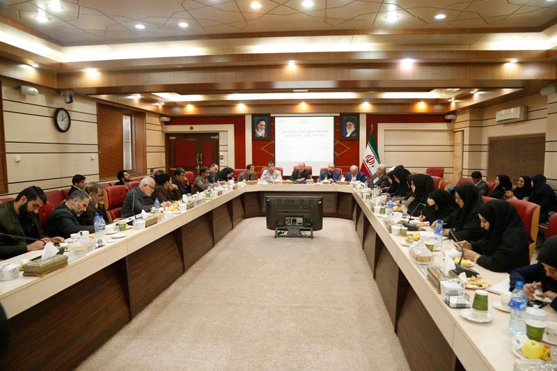 استاندار قزوین: فضای فرهنگی شهر را بهتر خواهیم کرد