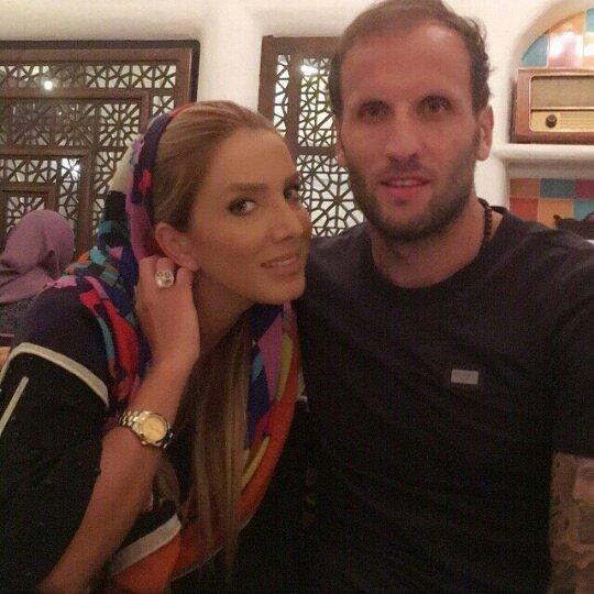 مدافع سابق پرسپولیس و همسرش (عکس)