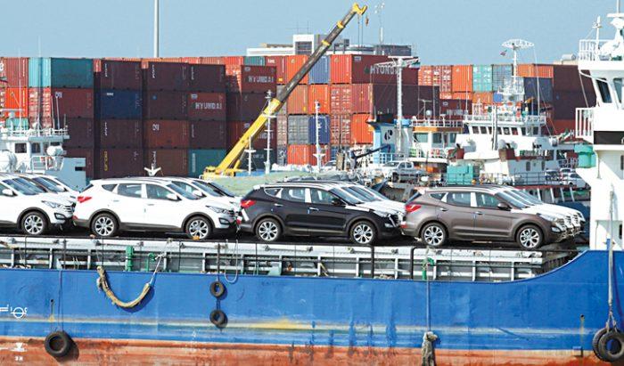 افت ۷۲ درصدی درآمدهای دولت از واردات خودرو