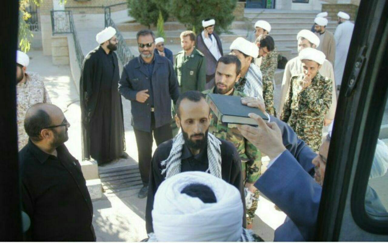 اعزام 40 روحانی از قم به مناطق زلزله زده کرمانشاه (عکس)