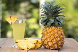 آب آناناس برای مقابله با سرفه