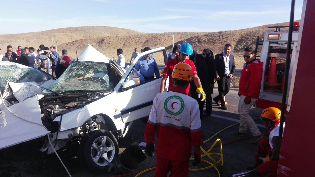 5 کشته در تصادف پژو و سمند در جاده بیرجند (+عکس)