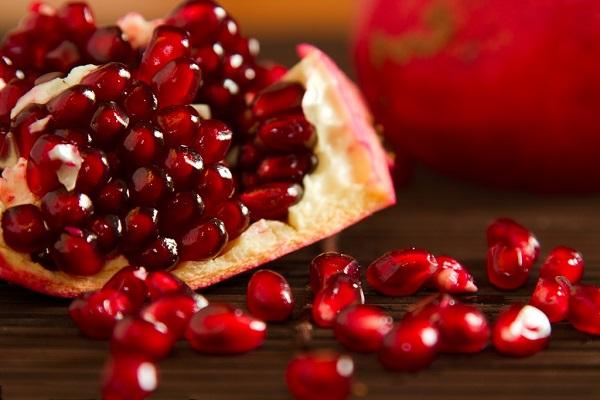 از فواید مصرف انار در مبارزه با سرطان