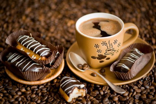 آیا قهوه و کافئین جذب آهن را کاهش میدهند؟