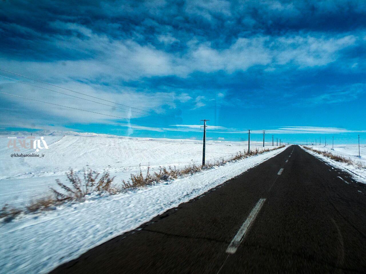 تصویری زیبا از جاده برفی میانه به هشترود
