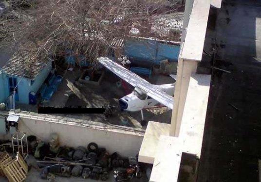 نگهداری هواپیمای ایران ایر در حیاط خانه یک تهرانی (عکس)