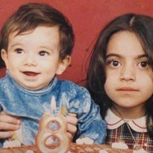 عکس دیده نشده از تتلو در کنار خواهرش