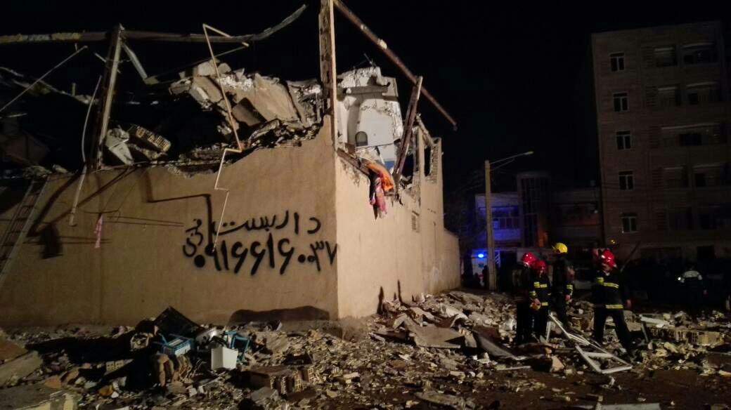 انفجار گاز در کوی نبوت اهواز (+عکس)