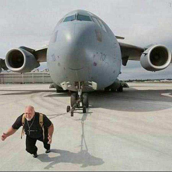رکورد کشیدن سنگینترین هواپیمای جهان (عکس)