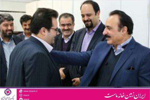 بازدید معاون عملیات بانکی از شعب استان قم بانک ایران زمین
