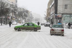 بارش برف در جاده های 5 استان کشور
