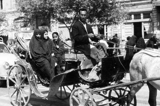 درشکه سواری در تهران (عکس)