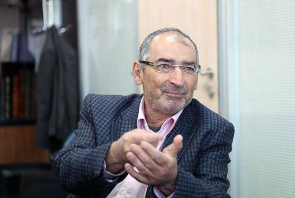 زیباکلام: در کرمانشاه همه منتظر دستور از تهران هستند/