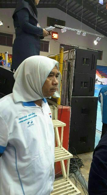 چرا روسری مربی مرد تایلندی به حجاب اجباری ربطی ندارد؟