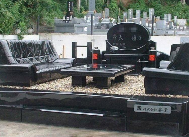 سنگ قبر لاکچری (عکس)